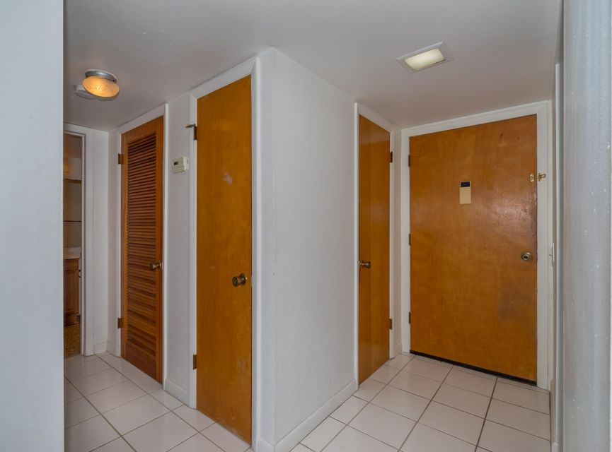 Additional photo for property listing at 15 Sombrero Boulevard  Marathon, Florida 33050 Estados Unidos