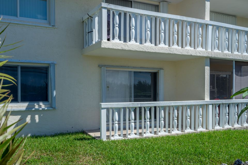 Additional photo for property listing at 15 Sombrero Boulevard  Marathon, Florida 33050 États-Unis
