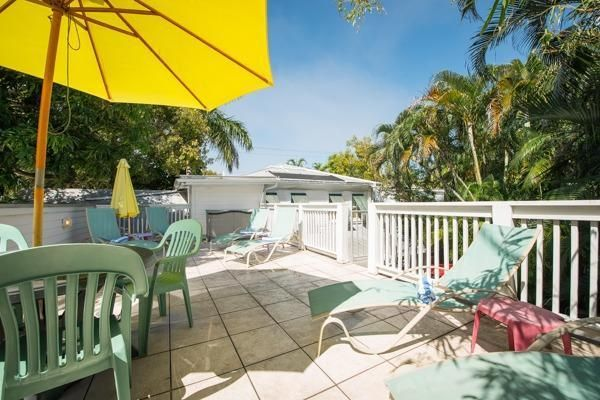 Additional photo for property listing at 1004 Eaton Street  Key West, Florida 33040 Stati Uniti