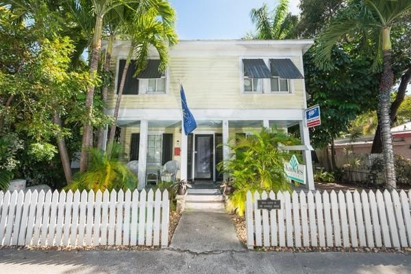 Additional photo for property listing at 1004 Eaton Street  Key West, 플로리다 33040 미국