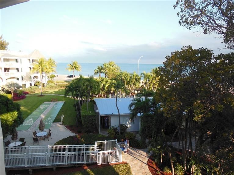 Additional photo for property listing at 3675 S Roosevelt Boulevard  Key West, Florida 33040 États-Unis