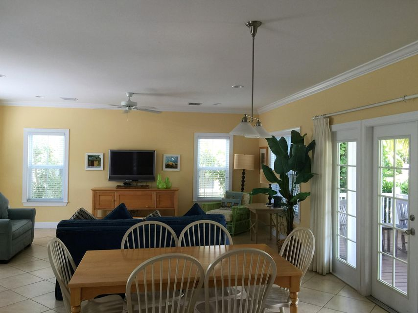 Additional photo for property listing at 12399 Overseas Highway  Marathon, Florida 33050 Estados Unidos
