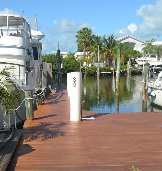 100 Avenue I, Coco Plum, FL 33050