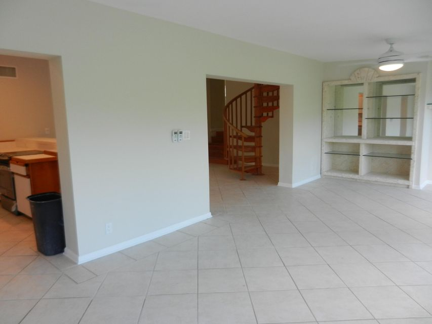 Additional photo for property listing at 17225 GREEN TURTLE Lane  Sugarloaf, Florida 33042 Estados Unidos