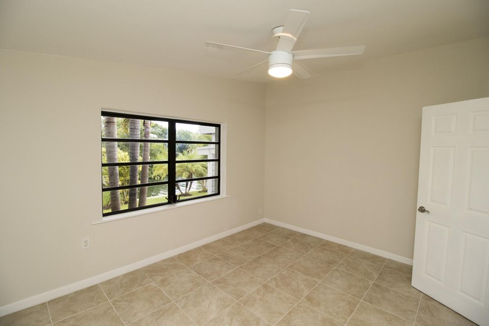 Additional photo for property listing at 17225 GREEN TURTLE Lane  Sugarloaf, Florida 33042 United States