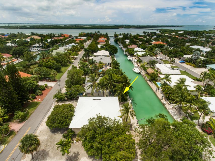 Maison unifamiliale pour l Vente à 20975 8Th Avenue Summerland Key, Florida 33042 États-Unis