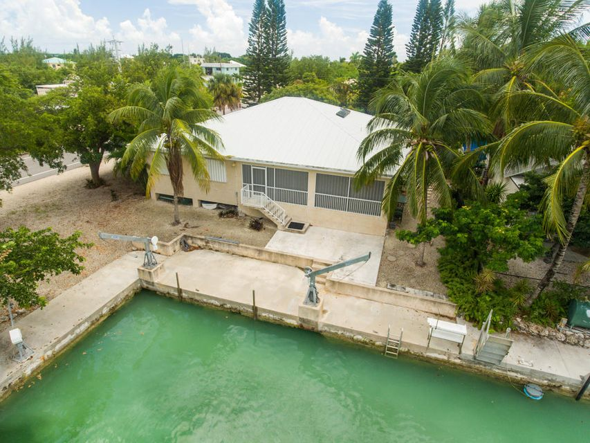 Additional photo for property listing at 20975 8Th Avenue  Summerland Key, Florida 33042 États-Unis