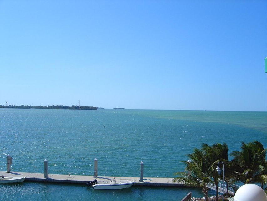 Condominio per Vendita alle ore 5607 College Road Key West, Florida 33040 Stati Uniti