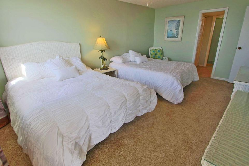 Additional photo for property listing at 200 Wrenn Street 200 Wrenn Street Islamorada, Florida 33070 États-Unis