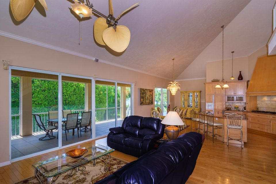 Additional photo for property listing at 288 South Drive  Islamorada, Florida 33036 Stati Uniti