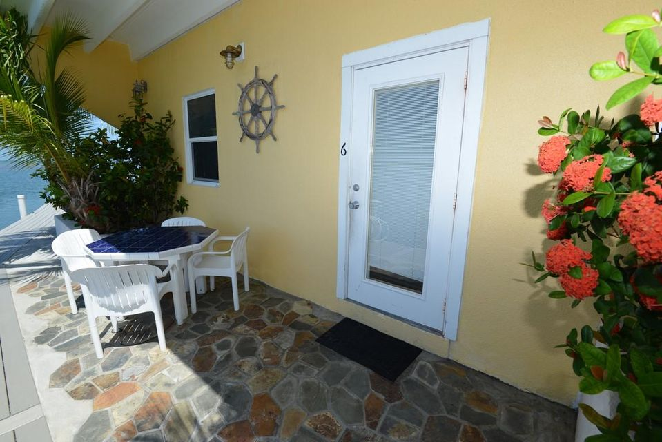 Additional photo for property listing at 100 W Conch Avenue  Marathon, Florida 33050 United States