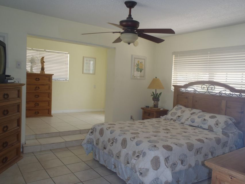 Additional photo for property listing at 423 121ST STREET GULF  Marathon, Флорида 33050 Соединенные Штаты