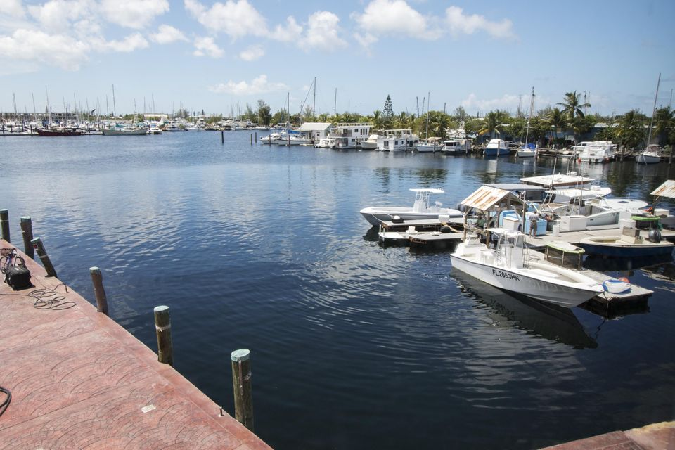 Additional photo for property listing at 6840 Front Street  Stock Island, Florida 33040 Usa