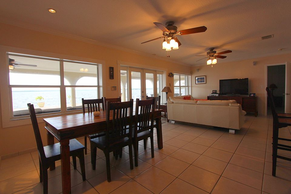Additional photo for property listing at 77 Gull Lane  Key Largo, Florida 33037 United States