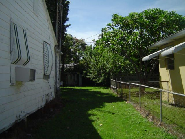 Additional photo for property listing at 3504 Duck Avenue  Key West, Florida 33040 Estados Unidos