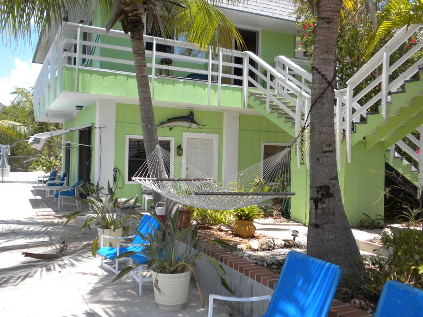 Villa per Affitto alle ore 722 Grouper Lane Key Largo, Florida 33037 Stati Uniti