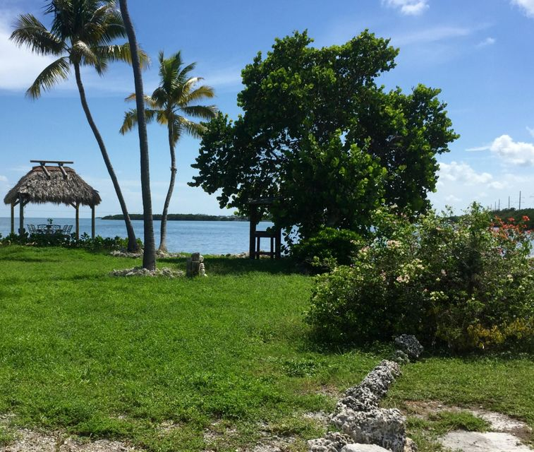 Additional photo for property listing at 62900 Overseas Highway  Marathon, Florida 33050 Hoa Kỳ