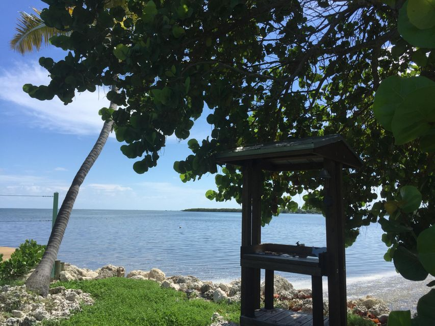 Additional photo for property listing at 62900 Overseas Highway  Marathon, Florida 33050 Estados Unidos