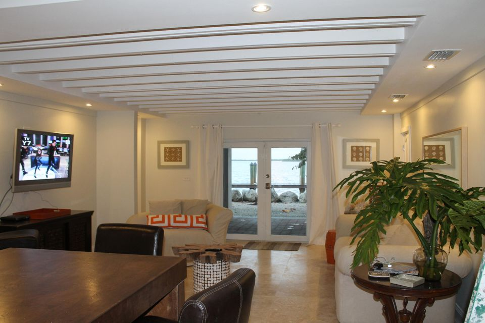 Additional photo for property listing at Address Not Available  拉哥, 佛罗里达州 33037 美国
