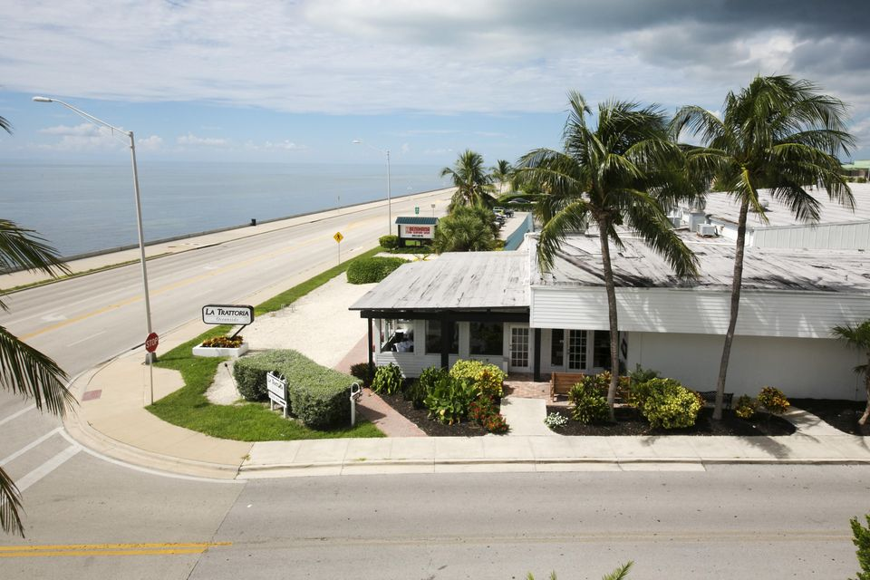 Additional photo for property listing at 3591 S Roosevelt Boulevard 3591 S Roosevelt Boulevard Key West, Florida 33040 United States