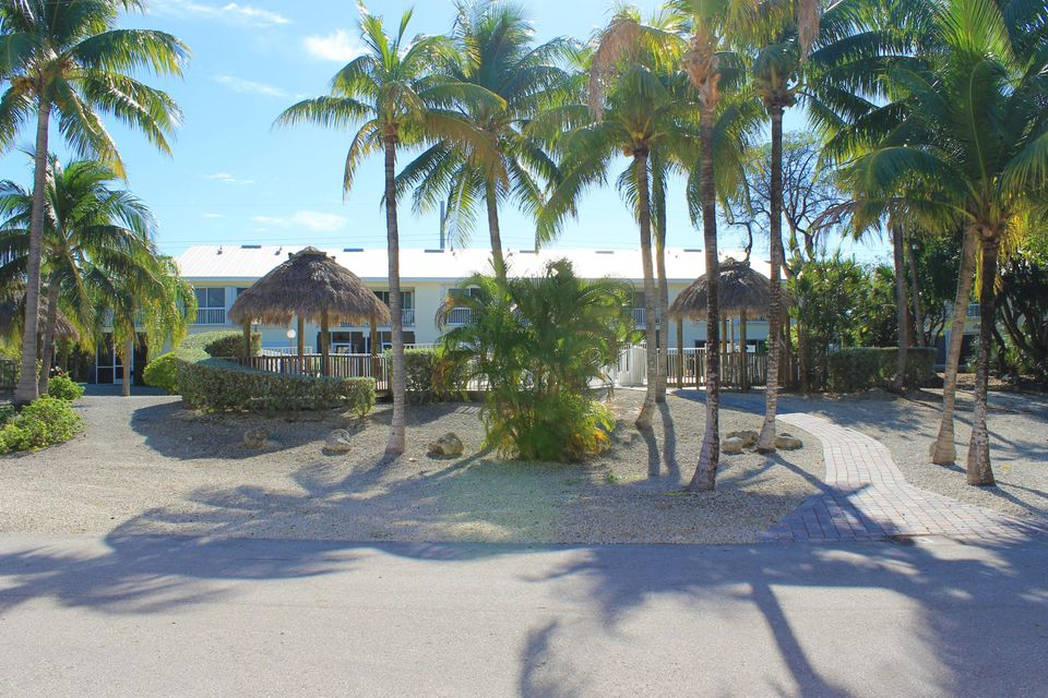 Additional photo for property listing at 9828 Mariners Avenue  Key Largo, Florida 33037 Estados Unidos