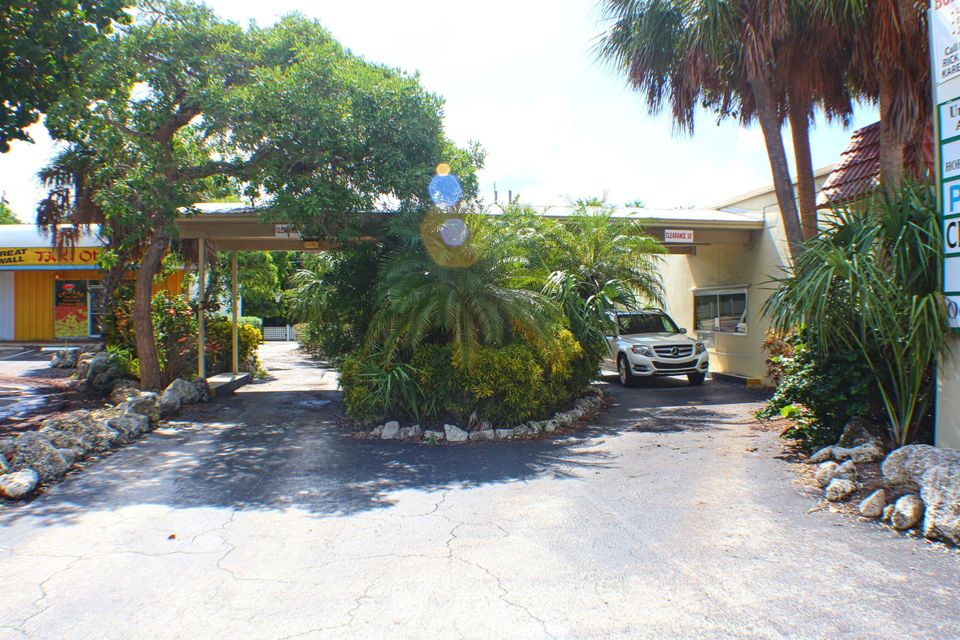 Additional photo for property listing at 82681 Overseas Highway 82681 Overseas Highway Islamorada, Флорида 33036 Соединенные Штаты