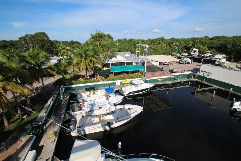 Additional photo for property listing at 21 Garden Cove Drive  Key Largo, Florida 33037 États-Unis