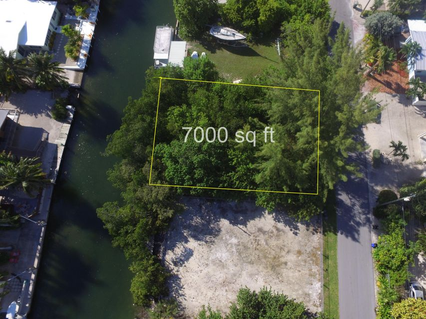 Additional photo for property listing at Lot 9 Nautilus Drive  Islamorada, Florida 33036 États-Unis