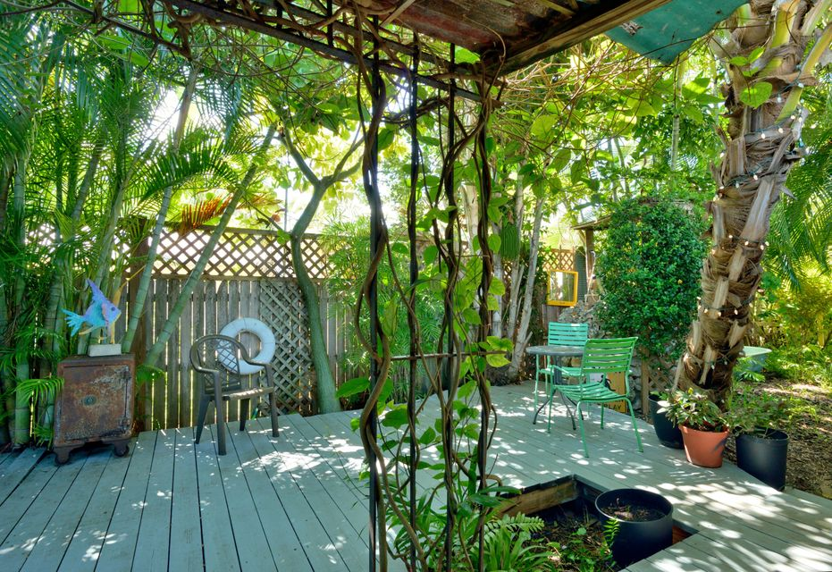 Additional photo for property listing at 1713 Washington Street  Key West, Florida 33040 Stati Uniti