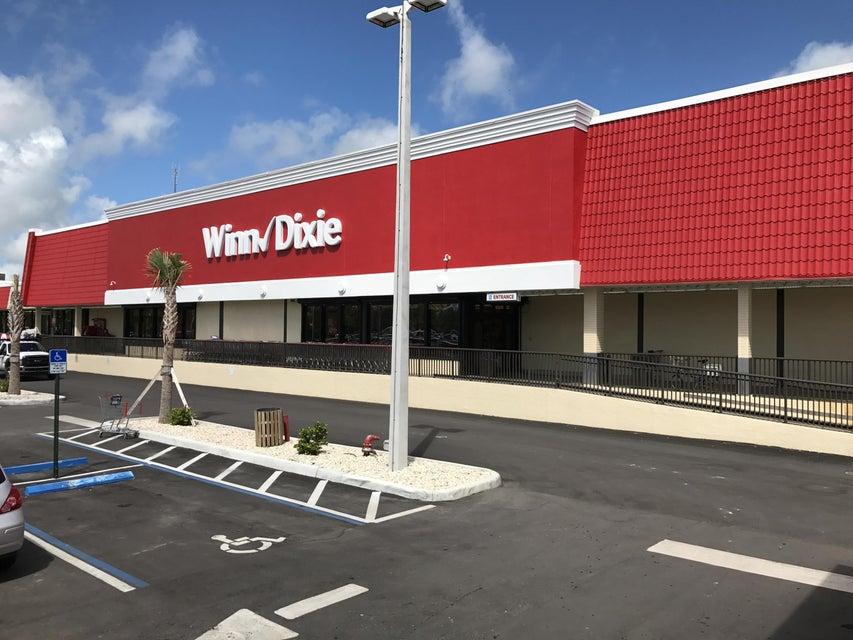 Additional photo for property listing at 251 Key Deer Boulevard 251 Key Deer Boulevard Big Pine Key, Florida 33043 États-Unis