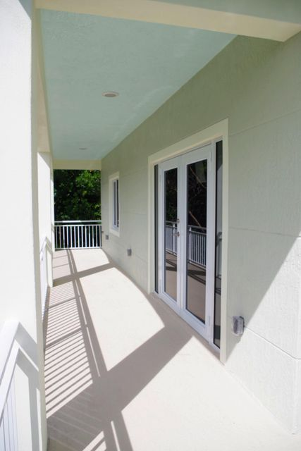 Additional photo for property listing at 122 Galleon Road  Islamorada, Florida 33036 Stati Uniti