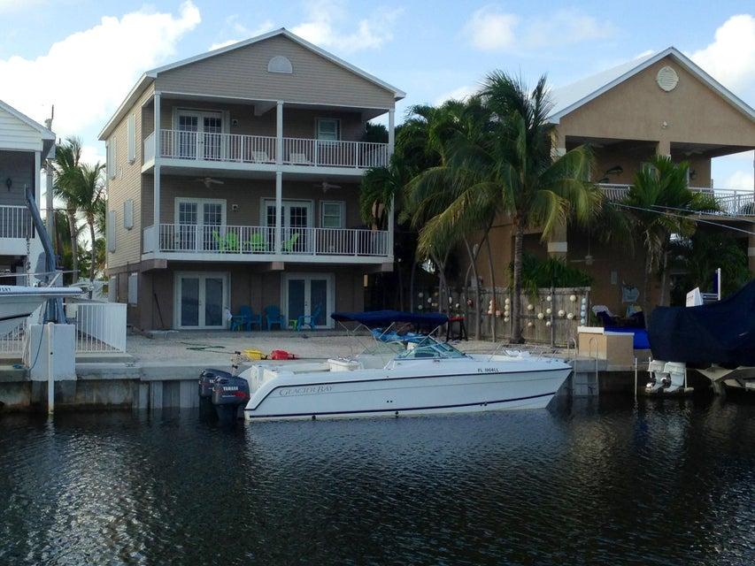Casa para uma família para Locação às 614 Santa Anita Lane Key Largo, Florida 33037 Estados Unidos