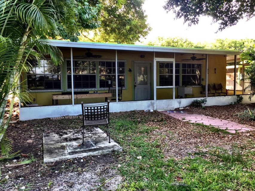 Additional photo for property listing at 30423 Oleander Boulevard  Big Pine Key, Florida 33043 États-Unis