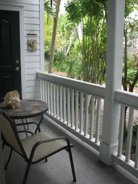 Additional photo for property listing at 120 Angela Street  Key West, Florida 33040 Estados Unidos