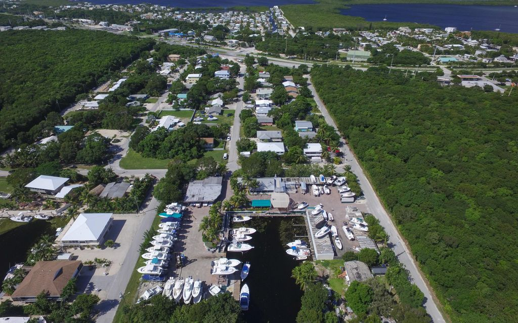 Additional photo for property listing at 21 Garden Cove Drive  Key Largo, Florida 33037 Verenigde Staten