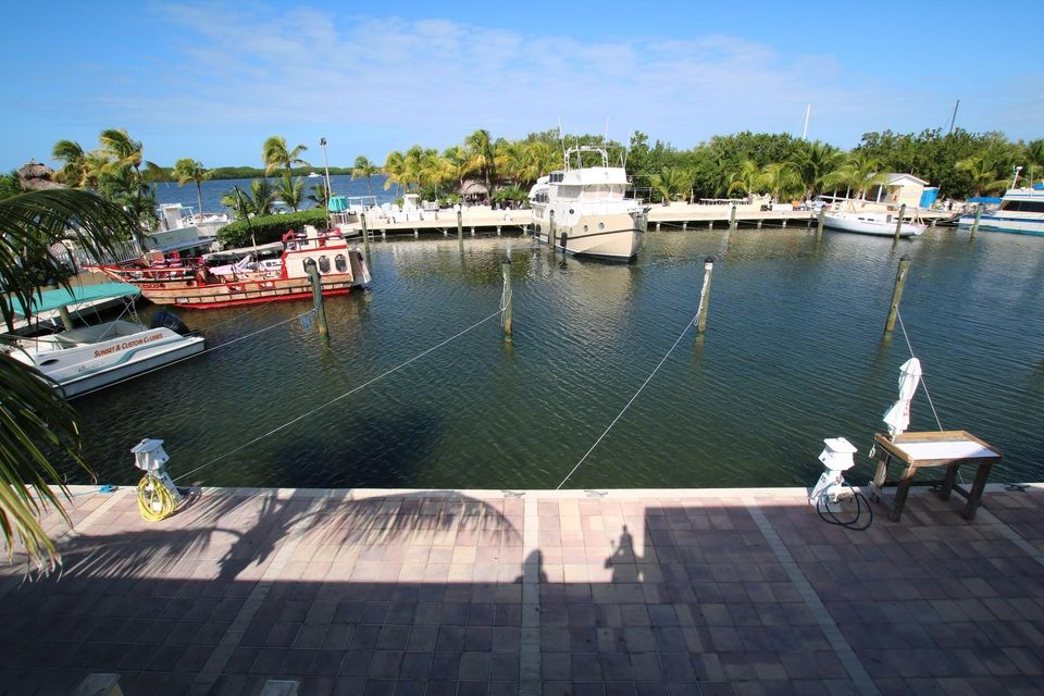 Additional photo for property listing at 96 Madeira Road  Islamorada, Florida 33036 Stati Uniti