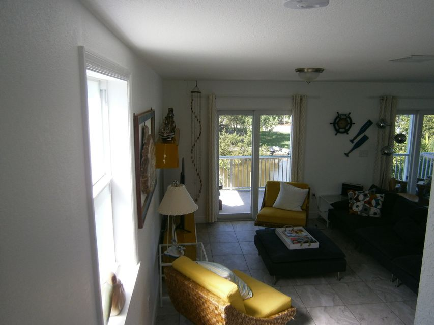 Additional photo for property listing at 19 Harbor Drive  Key Largo, Florida 33037 Vereinigte Staaten