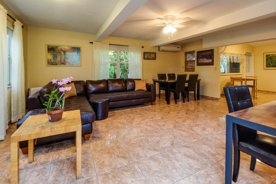 Additional photo for property listing at 19143 Mad Bob Road  Summerland Key, Florida 33042 États-Unis