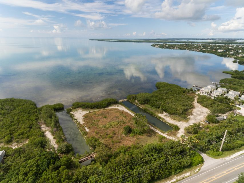 Additional photo for property listing at Ocean Hwy Alley  Summerland Key, Florida 33042 États-Unis
