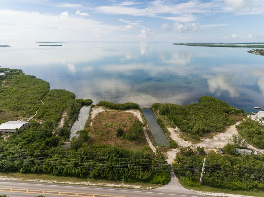 Additional photo for property listing at Ocean Hwy Alley  Summerland Key, Флорида 33042 Соединенные Штаты