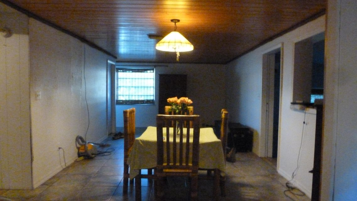 Additional photo for property listing at 10 Lake Shore Drive  Key Largo, Florida 33037 Estados Unidos
