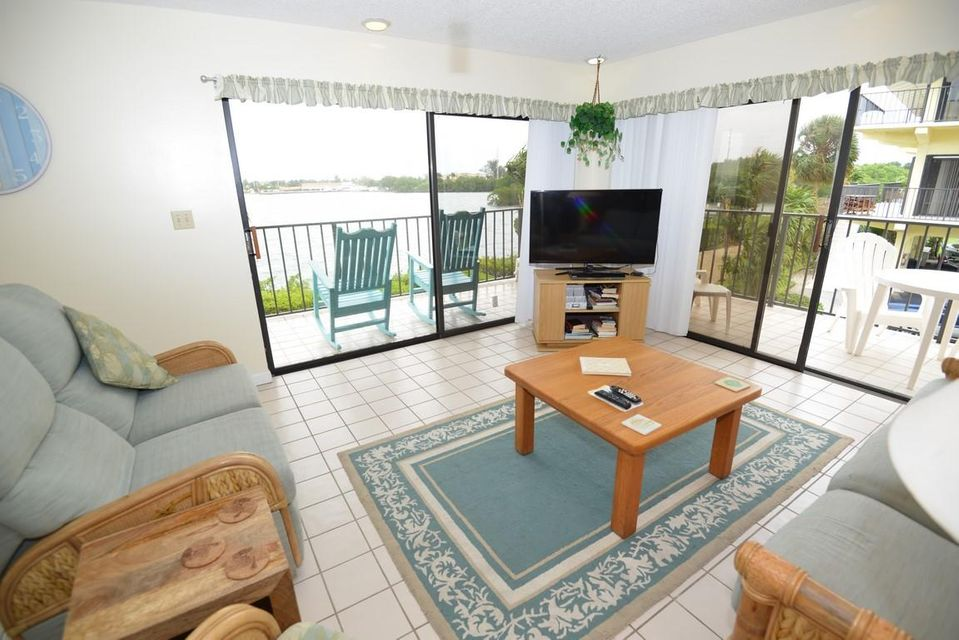 Additional photo for property listing at 12690 Overseas Highway  Marathon, 플로리다 33050 미국