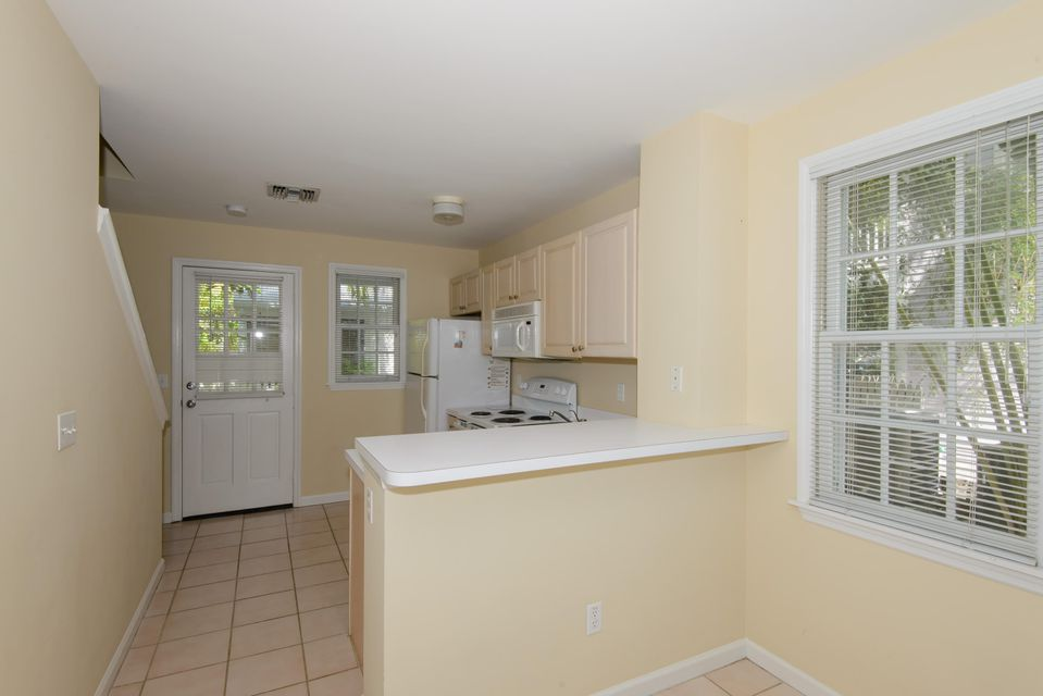 Additional photo for property listing at 28 Kingfisher Lane  Key West, Florida 33040 Estados Unidos