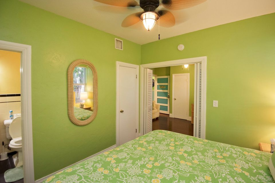 Additional photo for property listing at 824-826 DUVAL Street 824-826 DUVAL Street Key West, Florida 33040 Stati Uniti