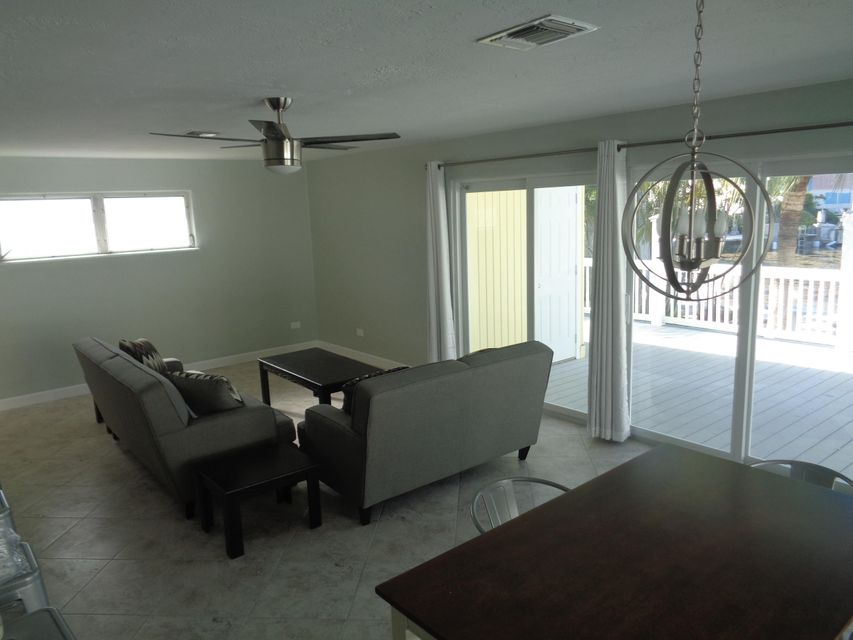 Additional photo for property listing at 8188 Aviation Boulevard  Marathon, Florida 33050 Usa