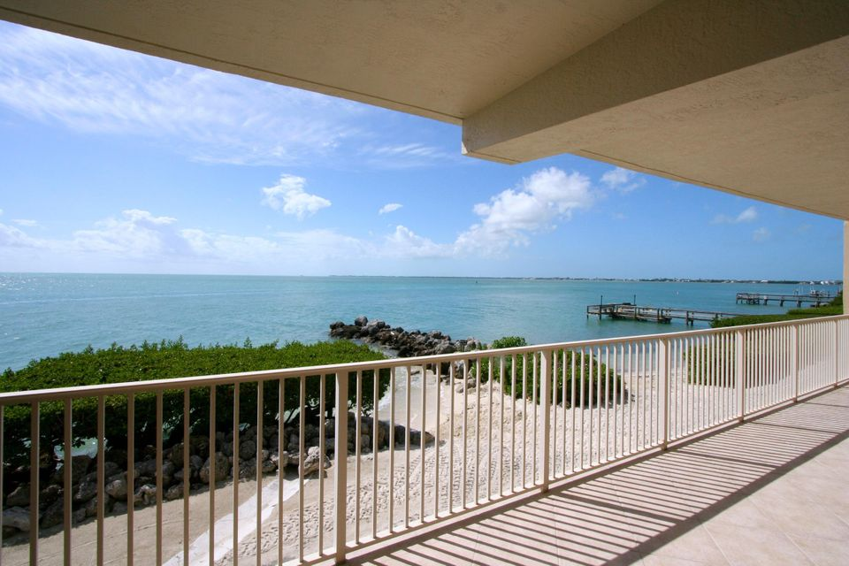 Additional photo for property listing at 1133 W Ocean Drive  Key Colony, Φλοριντα 33051 Ηνωμενεσ Πολιτειεσ