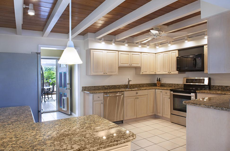 Additional photo for property listing at 3030 Riviera Drive  Key West, Florida 33040 Vereinigte Staaten