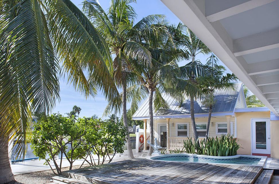 Additional photo for property listing at 3030 Riviera Drive  Key West, Florida 33040 Estados Unidos