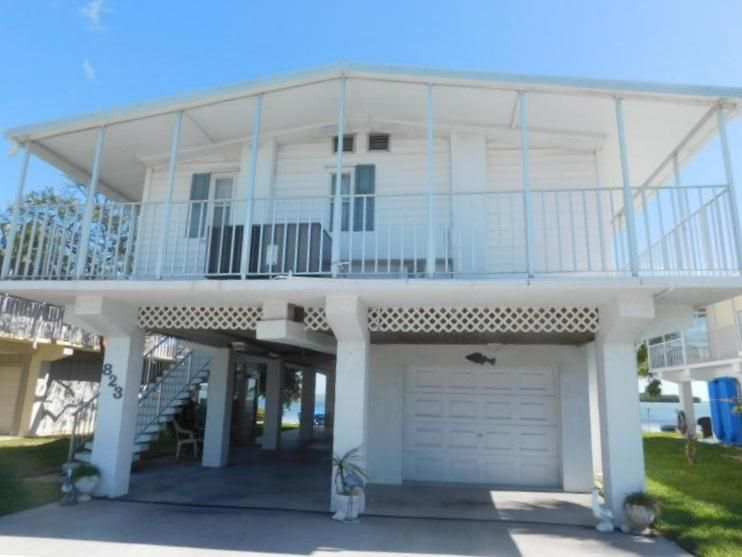 Additional photo for property listing at 823 S Jade Drive  Key Largo, Florida 33037 United States