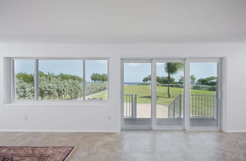 Additional photo for property listing at 30447 Oleander Boulevard  Big Pine Key, 佛罗里达州 33043 美国